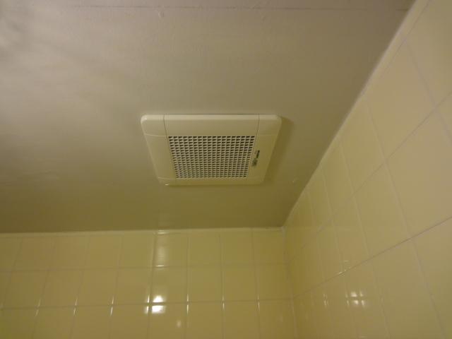 浴室換気扇の交換工事